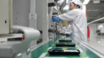Xuất khẩu điện thoại và linh kiện sụt giảm sau 10 năm tăng trưởng