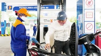 Giá xăng dầu hôm nay 19/10: Giá dầu tiếp tục giảm