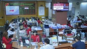 Các ngân hàng tung nhiều gói hỗ trợ doanh nghiệp, người lao động vì dịch Covid-19