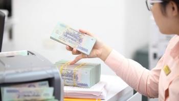 BVSC: Tiền gửi đang chuyển hướng sang chứng khoán