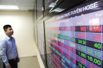Ngân hàng đưa cổ phiếu lên HOSE, lý do vì sao?