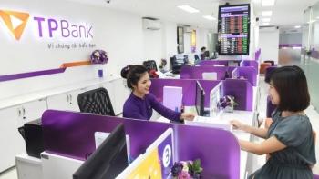 """Nợ xấu tăng nhanh và """"cấu trúc lạ"""" tại TPBank"""
