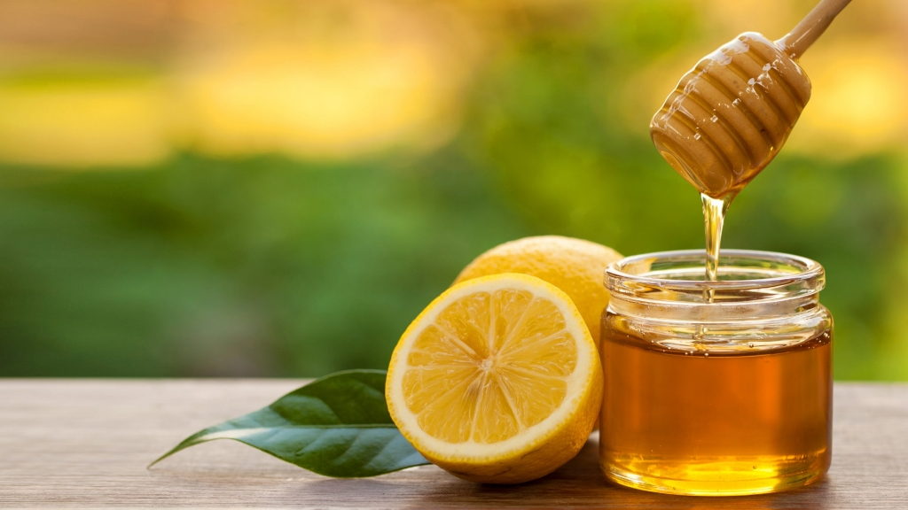 mật ong sẽ giúp thải độc cơ thể và giảm lượng cồn tích tụ trong máu một cách hiệu quả