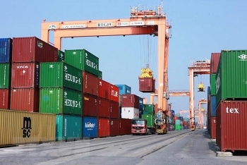 Thiếu container, vì sao doanh nghiệp Việt không tự sản xuất?