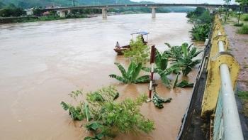 Cảnh báo nguy cơ sạt lở do lũ trên các sông tại Quảng Ngãi lên nhanh