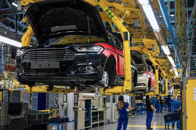 Nhà máy Valencia là một trong những nhà máy lớn nhất của Ford bên ngoài Mỹ cũng đã phải tạm ngừng hoạt động từ ngày 16/3 sau khi 3  nhân viên ở đó đã thử nghiệm và dương tính với virus SARS-CoV-2