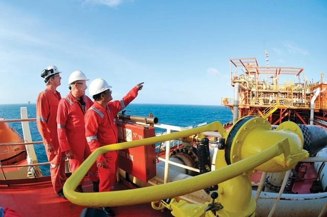 Nhiều giải pháp được đưa ra nhằm giảm thiểu khó khăn cho ngành dầu khí