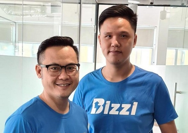 Vũ Trọng Nghĩa (trái) là người đồng sáng lập và giám đốc điều hành của Bizzi
