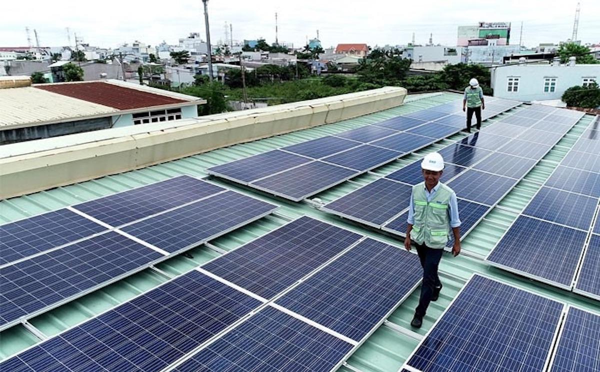Điện mặt trời mái nhà sẽ giảm giá sâu ?